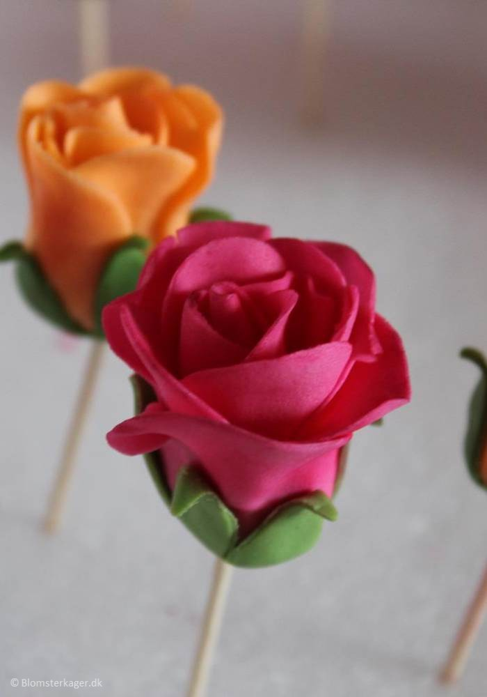 icing sugar flowers how to make