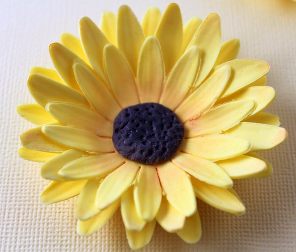 How to make a sunflower from fondant or gum paste karens sugar sol22 mightylinksfo
