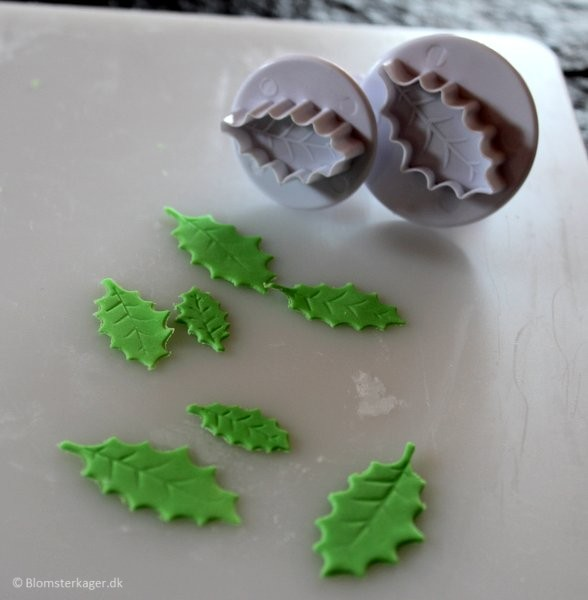 How to make a leaf from fondant or gum paste 10