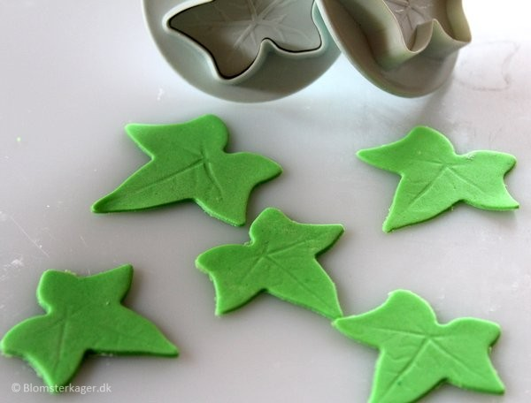 How to make a leaf from fondant or gum paste 9