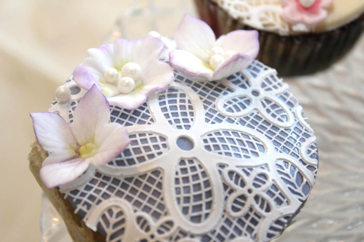 Cupcakes with sugar lace cup5 mightylinksfo