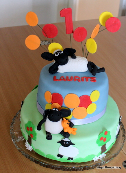 flower border ideas pictures - Shaun the Sheep Cake for 1st birthday Karen s Sugar